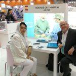 Mariano Bueno y Mrs Jouma Zuratian, de Emiratos Árabes Unidos.